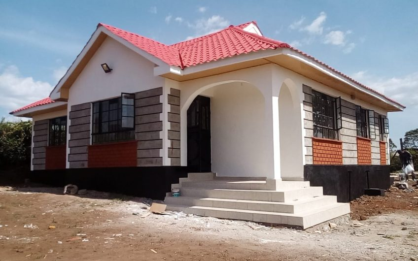 3 bedrooms all ensuite Bungalow