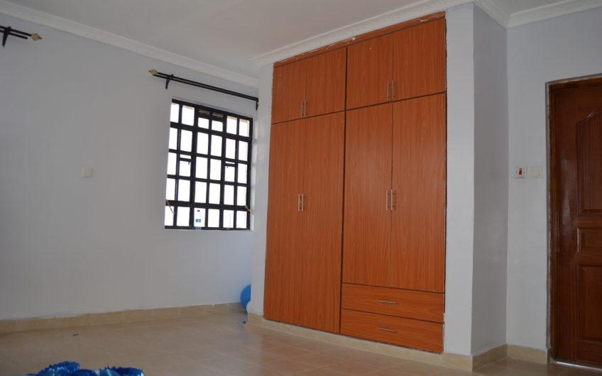 4 bedrooms Master ensuite maisonette
