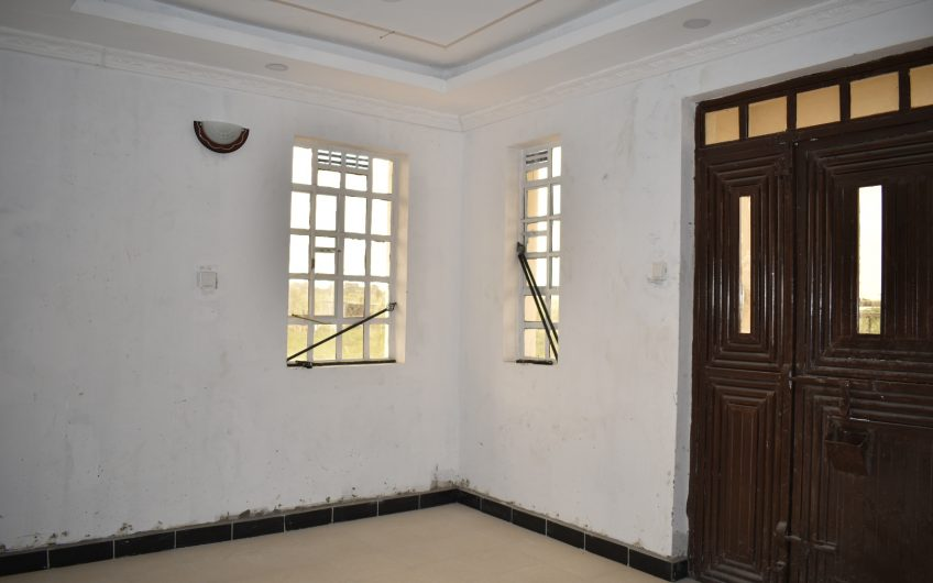 4 bedrooms all ensuite Maisonette