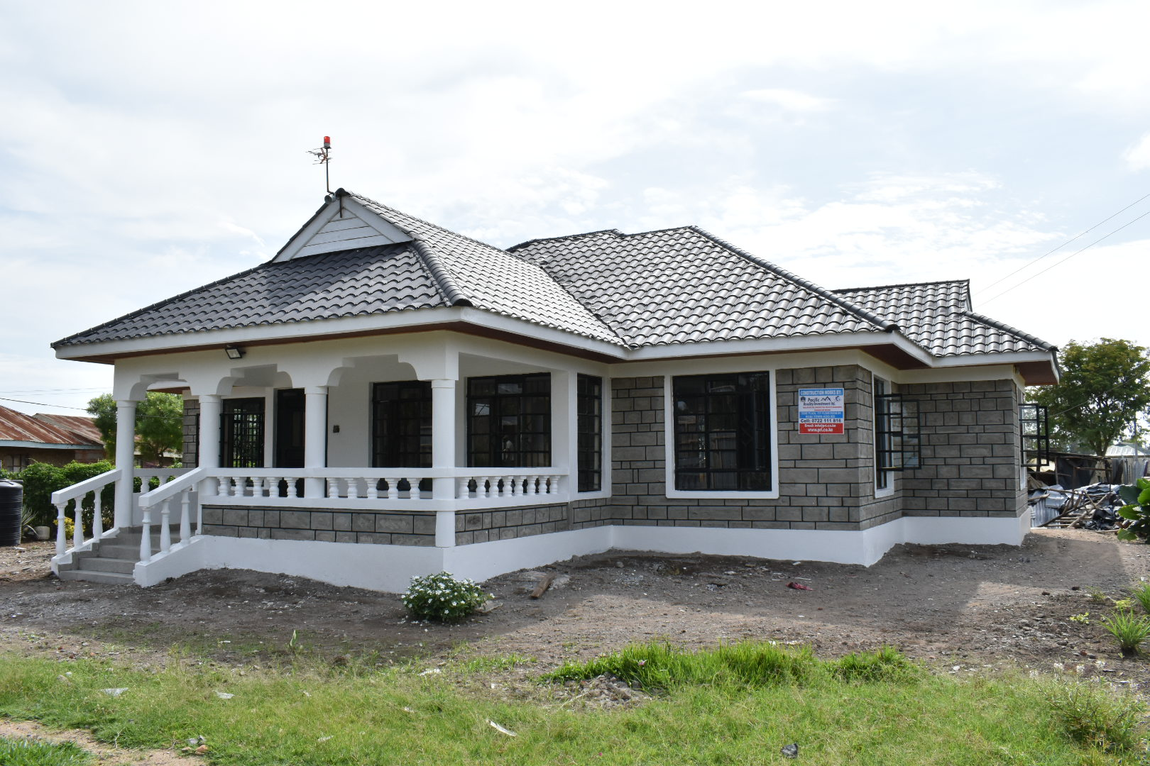 3 br all ensuite Bungalow